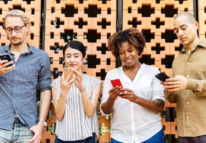 Comprendre et utiliser efficacement les réseaux sociaux professionnels